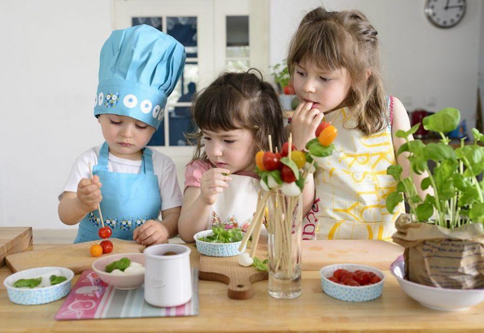 Comment guider son enfant vers de bonnes habitudes alimentaires.